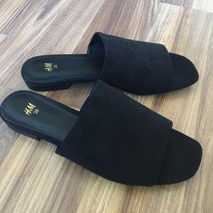 Black suede slides / slip on sandals